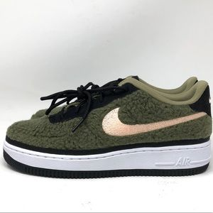 WOMEN'S Nike AIR FORCE AF1 OLIVE